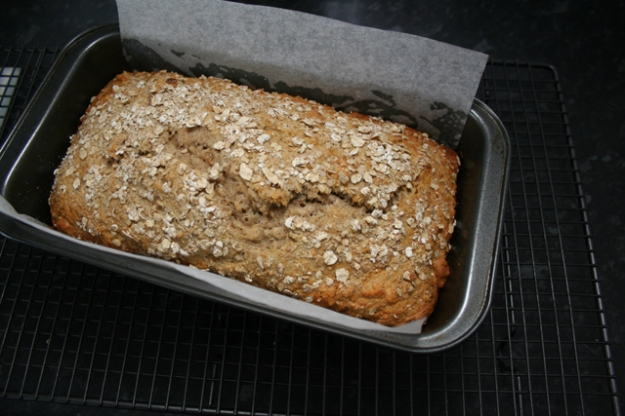 Scandi-Banana-Bread-03