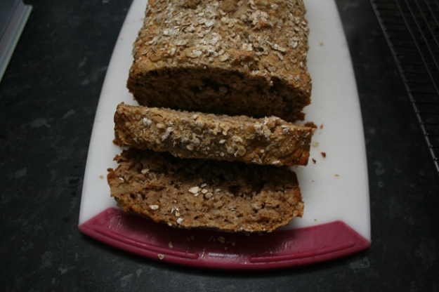 Scandi-Banana-Bread-05